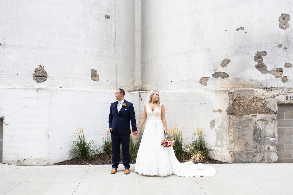 Minneapolis Event Center Wedding MN | Photography by Jess Ekstrand | Rivets & Roses