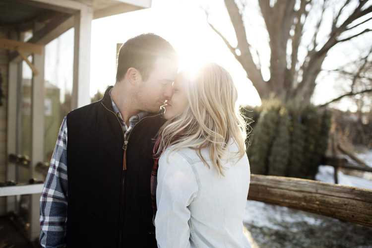 Krueger_Tree_Farm_Engagement_ShampBlog_0002