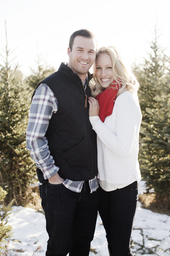 Krueger_Tree_Farm_Engagement_ShampBlog_0011