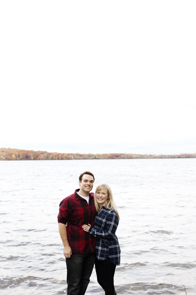 Northern_Minnesota_Engagement_Session_PhotogenInc_0011