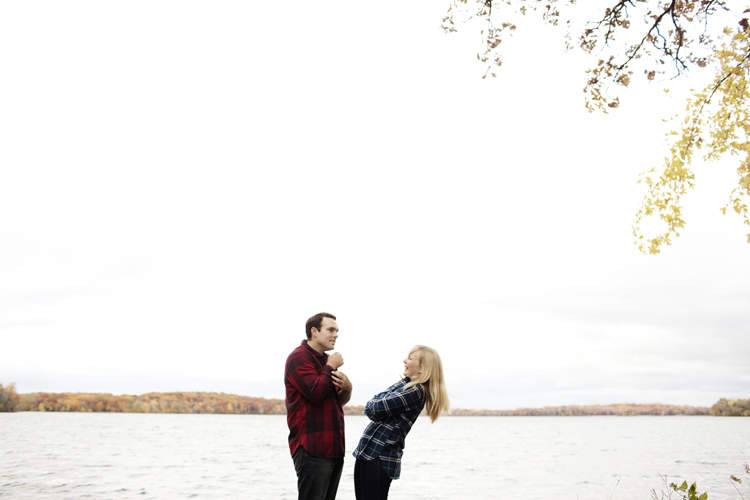 Northern_Minnesota_Engagement_Session_PhotogenInc_0013