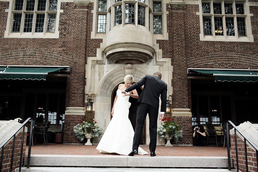 St. Paul's Episcopal Church Duluth | Wedding Photographer | Photogen Inc. | Eliesa Johnson | Based in Minneapolis, Minnesota