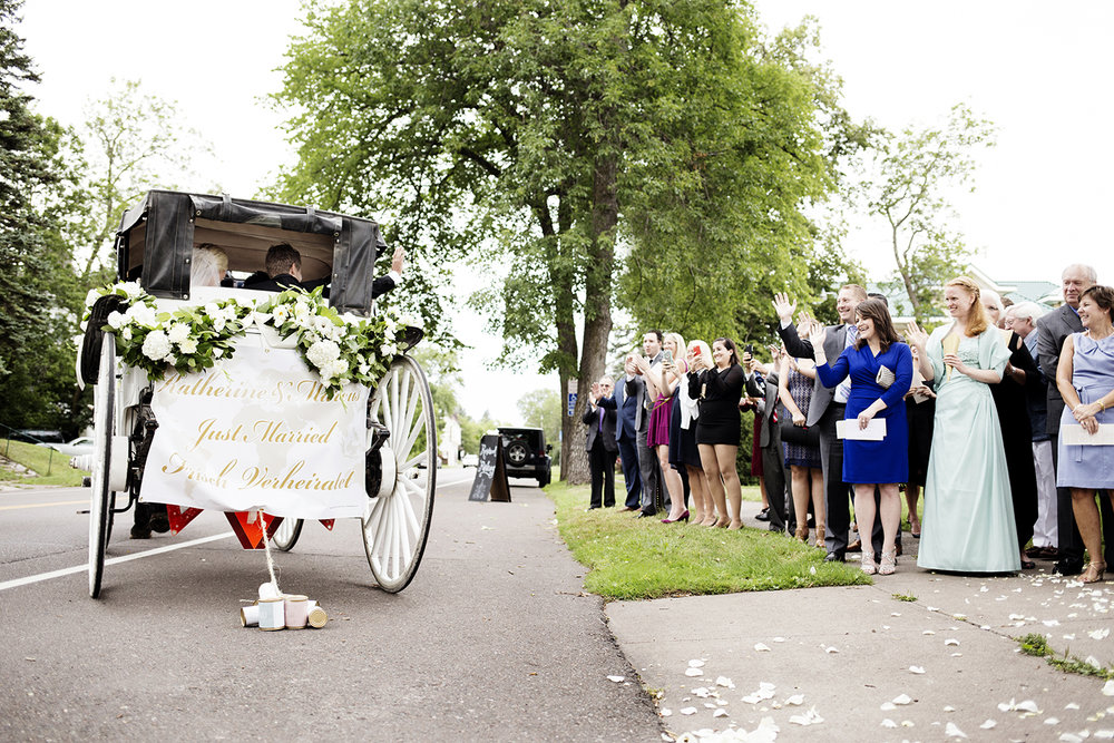 Carriage from Ceremony to Reception Duluth | Wedding Photographer | Photogen Inc. | Eliesa Johnson | Based in Minneapolis, Minnesota