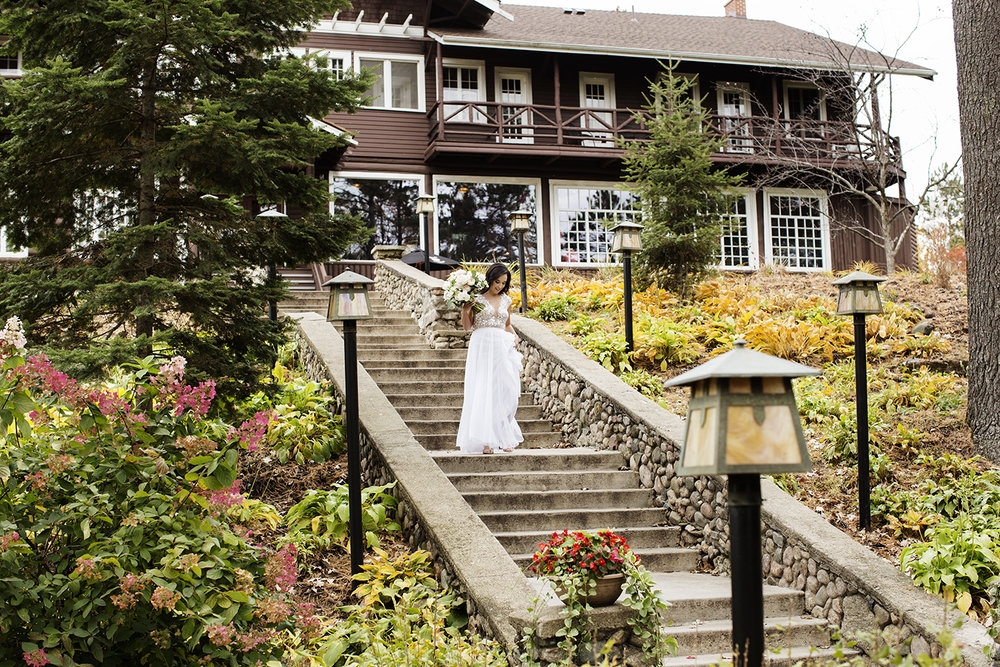 Grand View Lodge Wedding Nisswa, MN | Photography by Photogen Inc. | Eliesa Johnson | Based in Minneapolis, Minnesota