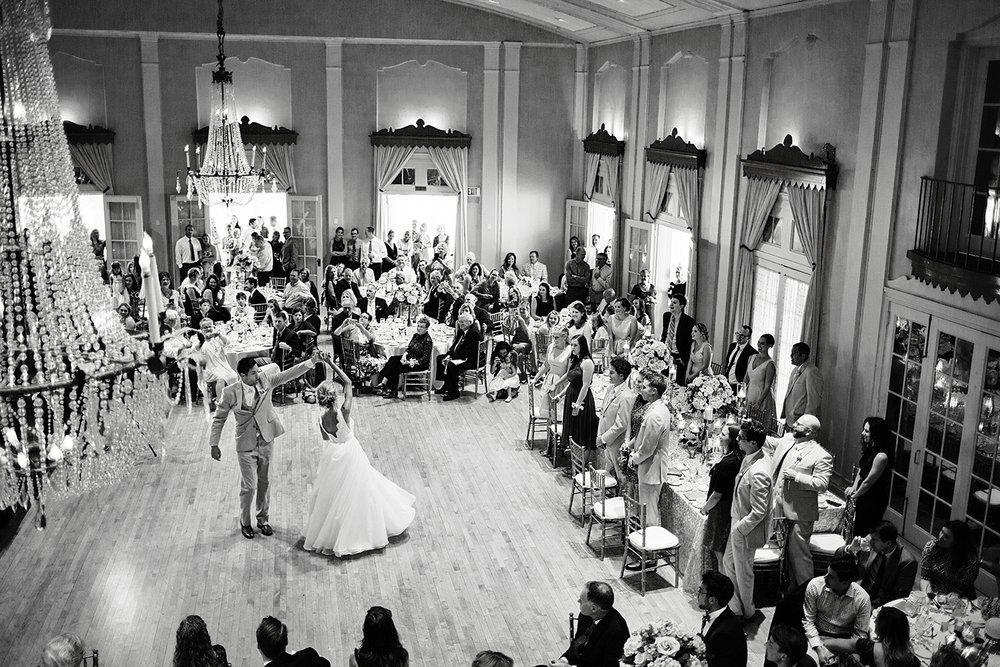 Wedding Photographer | Photography by Photogen Inc. | Eliesa Johnson | Minneapolis, Minnesota