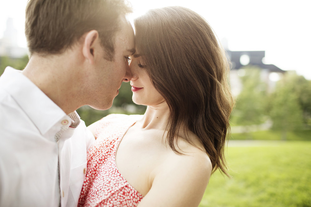 Engagement Photos Gold Medal Park | Photography by Photogen Inc. | Eliesa Johnson | Based in Minneapolis, Minnesota