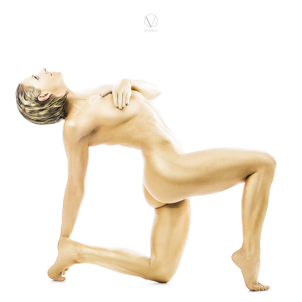 Studio V Photography Sara Di Gold Body Yoga Photographer 3