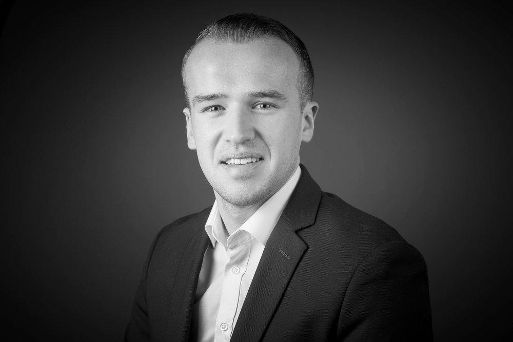 Adam Vibert   Consultant