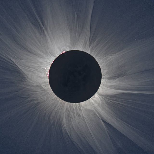 People from all over the U.S. will be traveling to see the total solar eclipse on August 21st! In Illinois, Carbondale will be experiencing totality for 2 and a half minutes, and it will be an amazing experience if you use the correct eye protection! Make sure to buy certified eclipse glasses as soon as possible for this historical event and remember to have them on while you're looking directly at the sun. Happy Viewing! #optometry #optical #optique #uptownfamilyvision #ufv #parkridge #uptownparkridge #shoplocal #shopsmall #solareclipse #august21 #totality