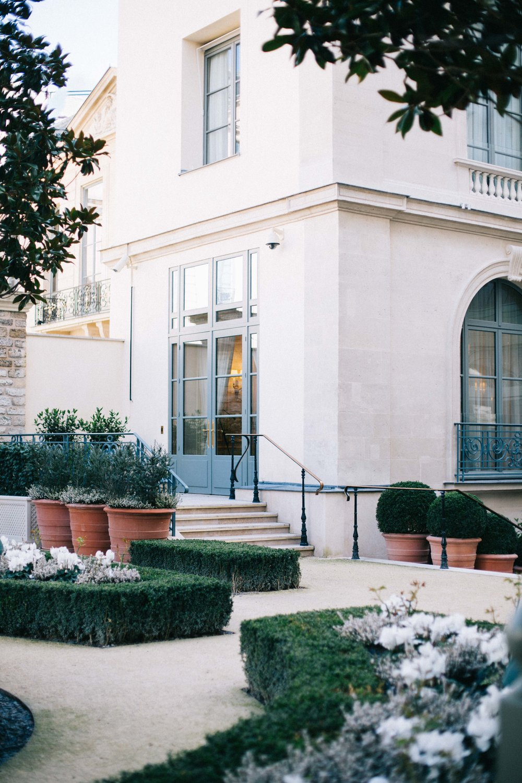 Charlotte Margot Photography The courtyard Ritz in Paris