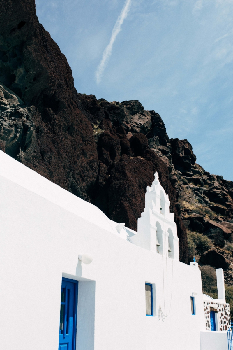 Charlotte Margot - Santorini Travel Photography