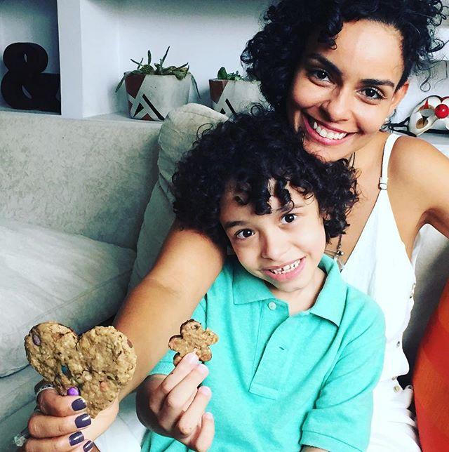"""""""Ela é minha tia!"""" Já explica ele nos primeiros segundos de tanto que somos conectados. Sorrimos, cozinhamos, aprendemos um com outro. Amor correspondido. 🧡🧡🧡"""