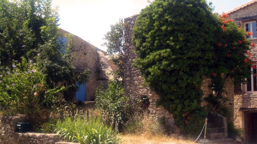 St. Trinit corner .1.2.jpg