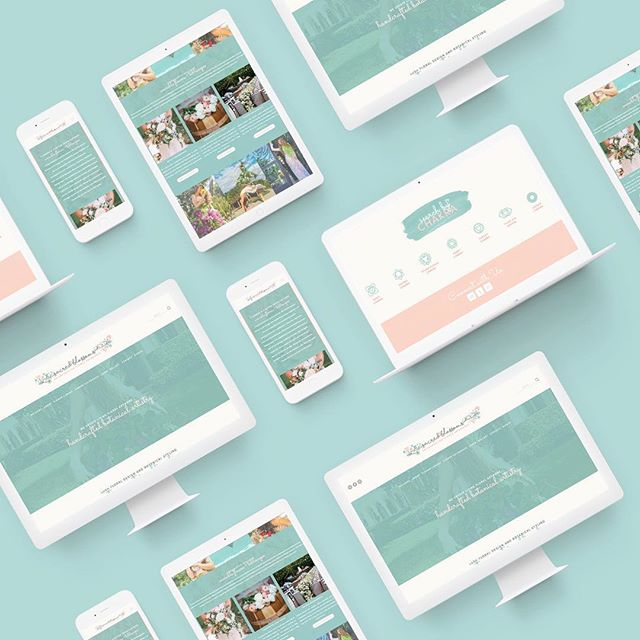 A look inside @sacredblossoms's responsive web design 🌸🌷🌸🌷🌸🌷 check out the full site at sacredblossoms.com!
