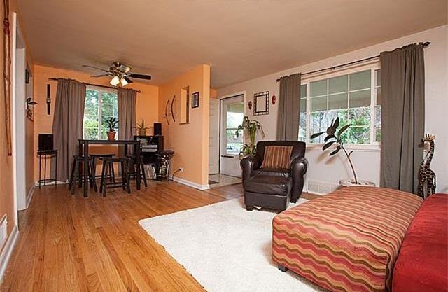 nook:living room.jpg