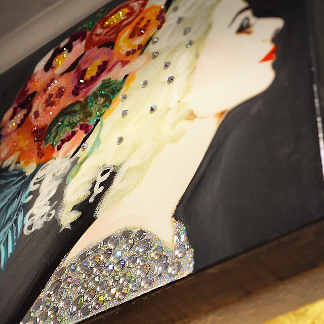Glitter & glowing... @ashleylongshoreart NEW ART Memphis! Come visit! #shopdriscoll
