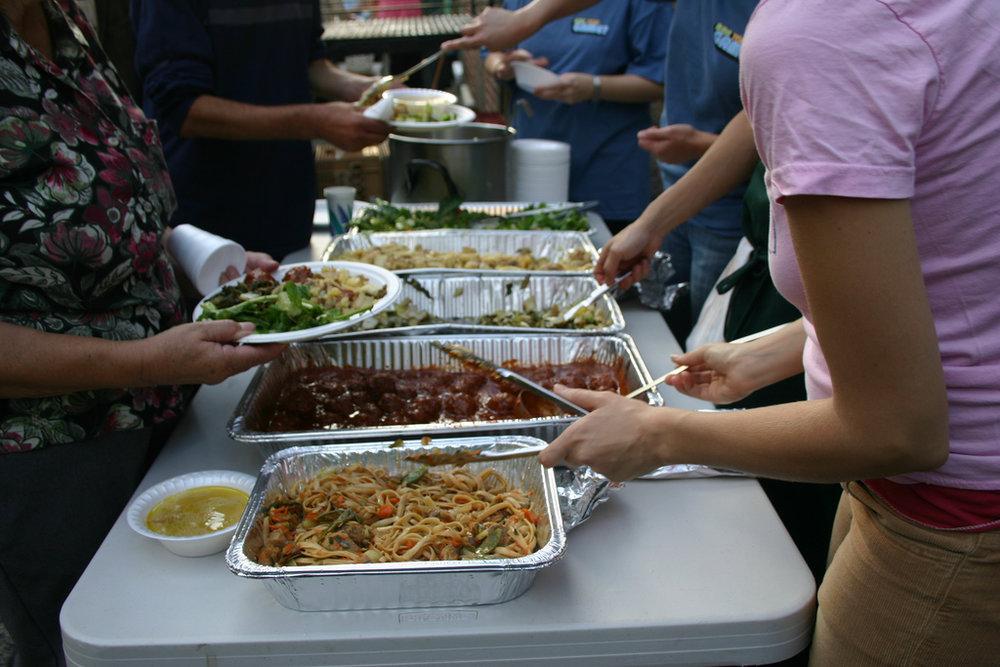 Feeding-Hungry-Americans.jpg