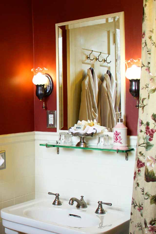 Luxury Accommodations with the Original console sink in bath of Victorian Cabernet- Room 2.