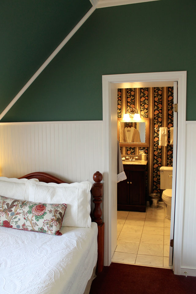 Soft textures of the linen of Adirondack Room at Willard Street Inn complete the comfort of this Vermont B&B.