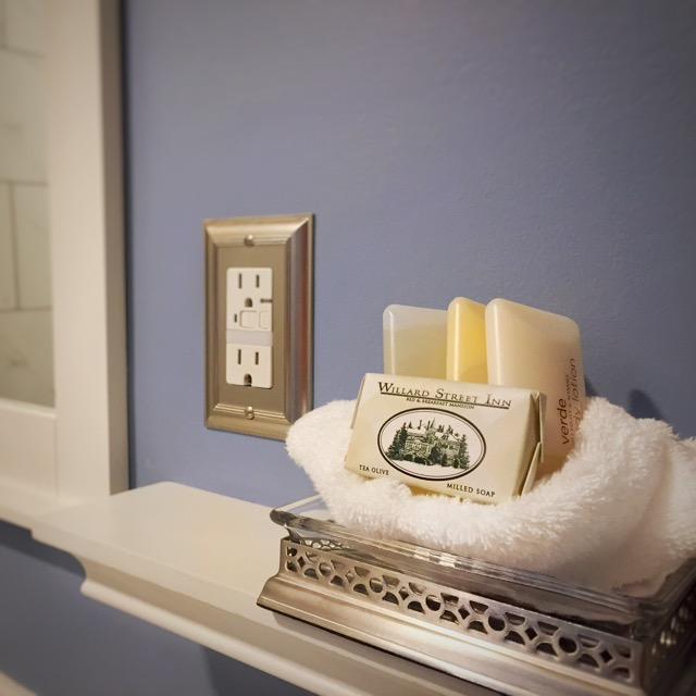 High quality Gilchrist and Soames bath amenities await you during your next stay at Willard Street.