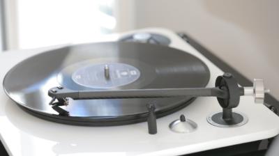 Elipson Omega 100 RIAA BT