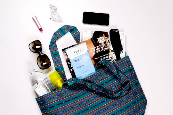 pack_the_perfect_beach_bag