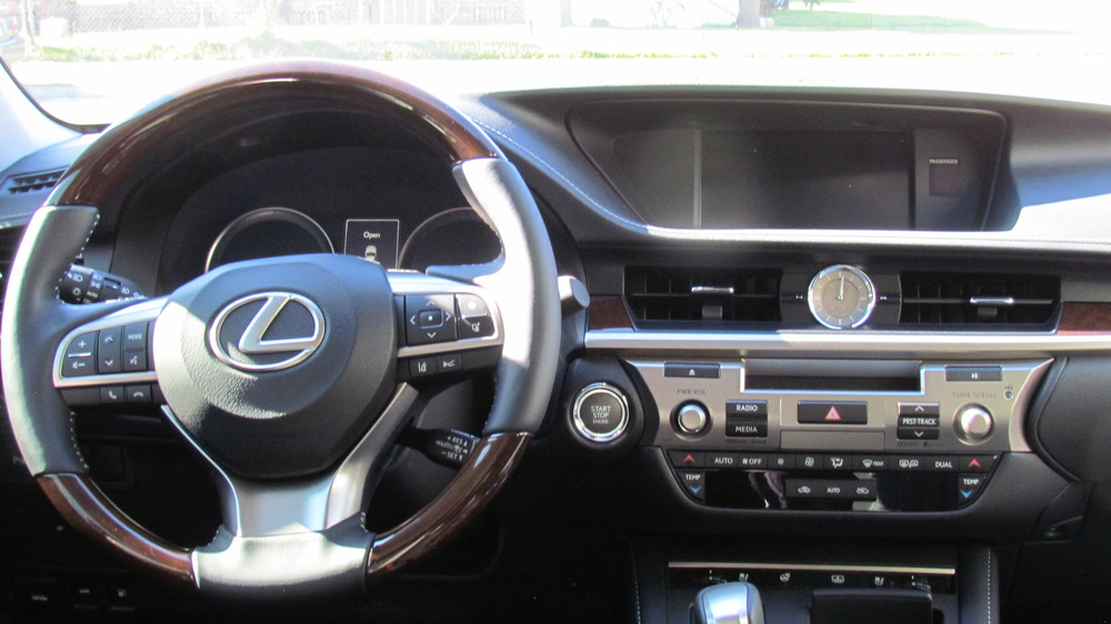 Lexus ES350 (New Car Slate)
