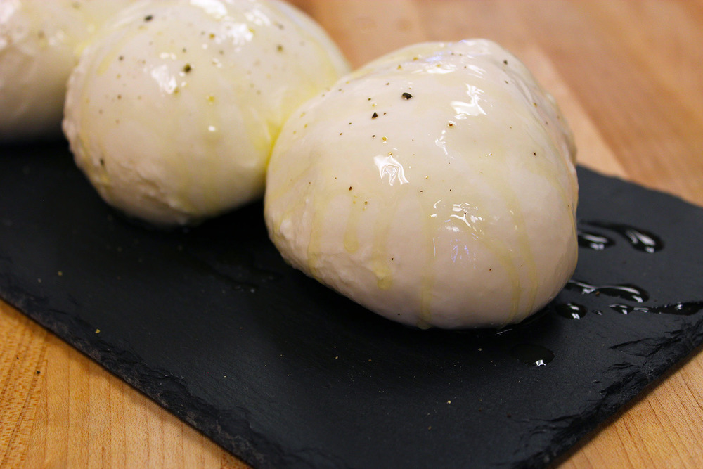 Mozzarella1.jpg
