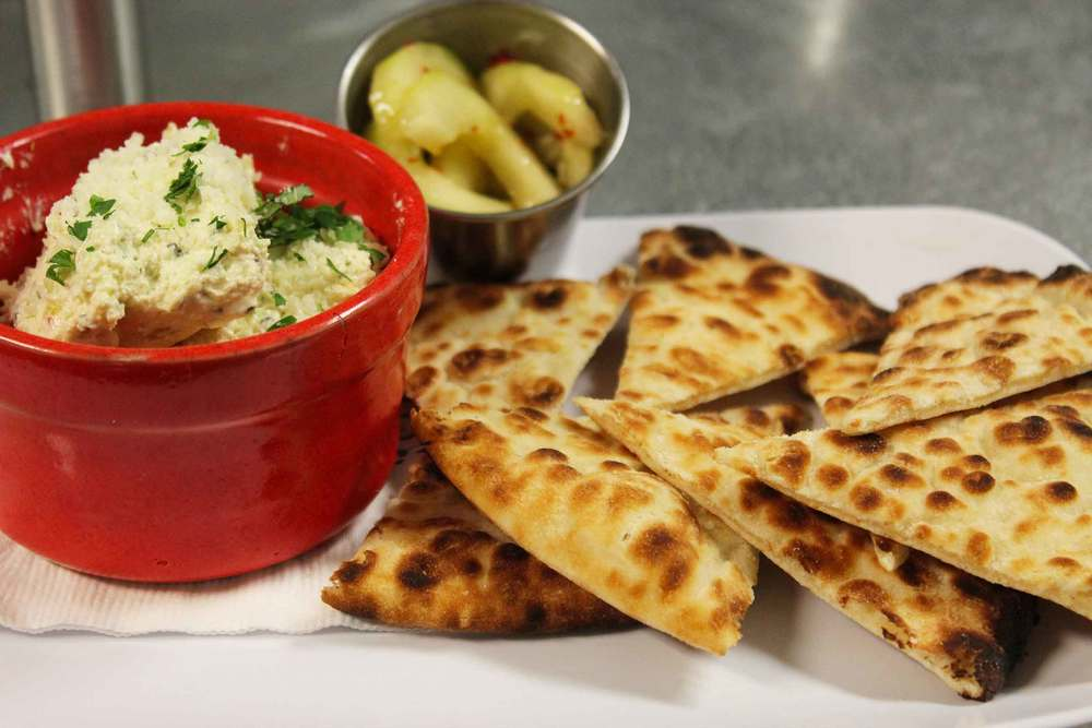 Hummus&Bread_IMG_5833.jpg