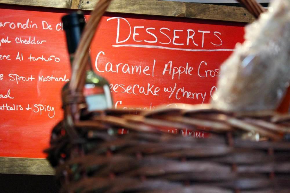 IMG_5889_Mtuccis_Desserts.jpg