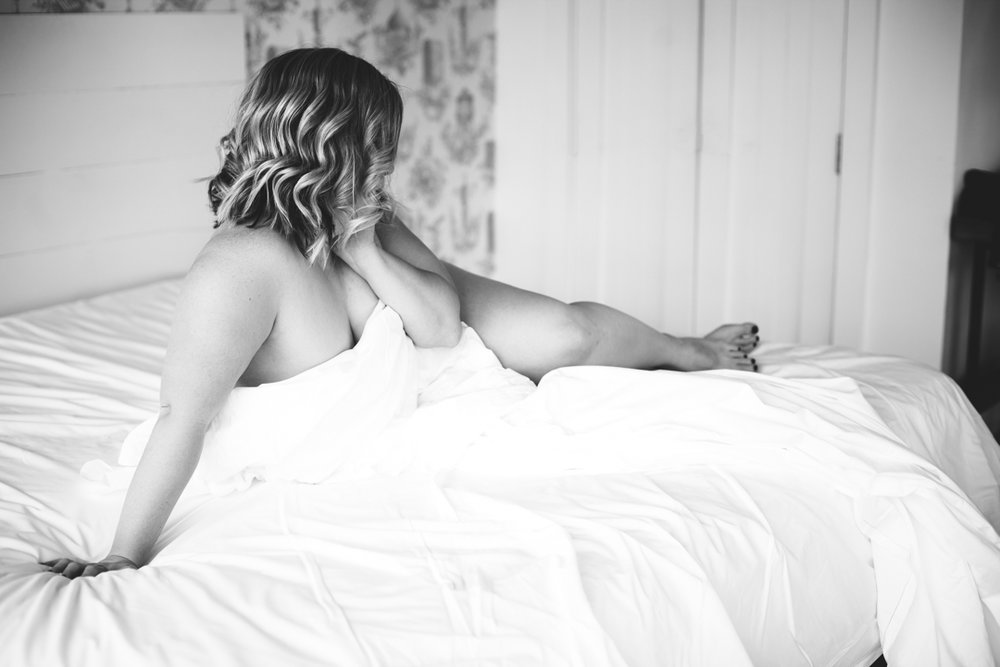 Brooklyn-Boudoir-Photographer-NYC-body-positive-IMG_2506-Edit.jpg