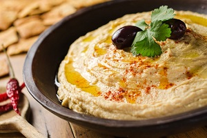 Hummus by Claudia