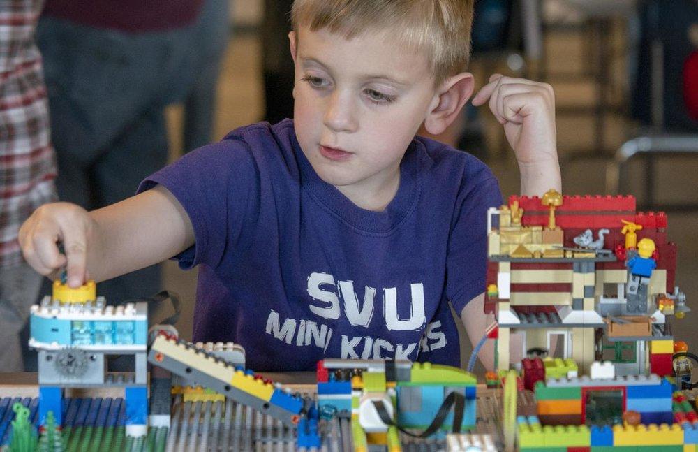 Lego Expo.jpg