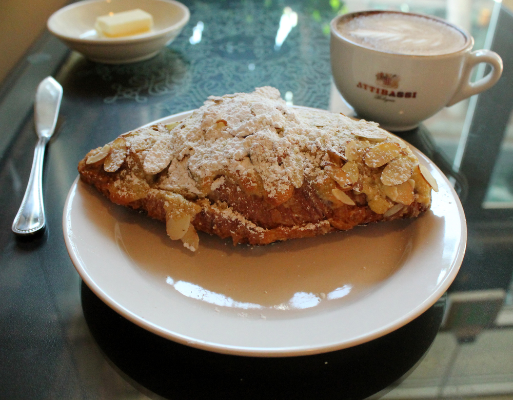Almond Croissant 1.jpg
