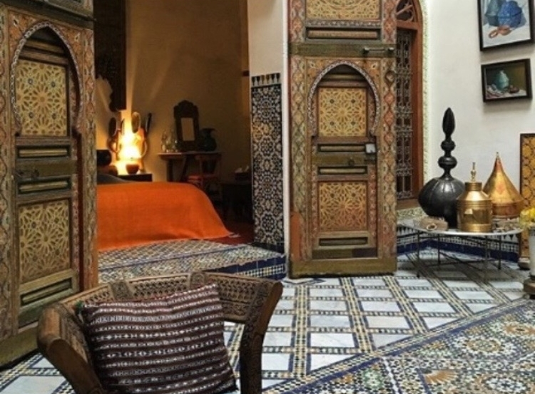 Experience 7 Days in Magical Morocco - Stir your mint tea while reading about in 7 Days in Fes, Tangiers and more here