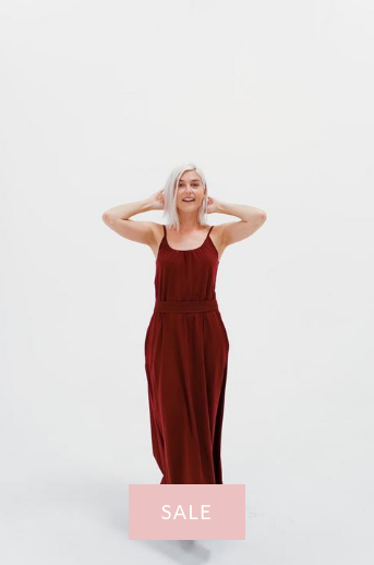 DRESSEMBER MAXI DRESS IN WINE