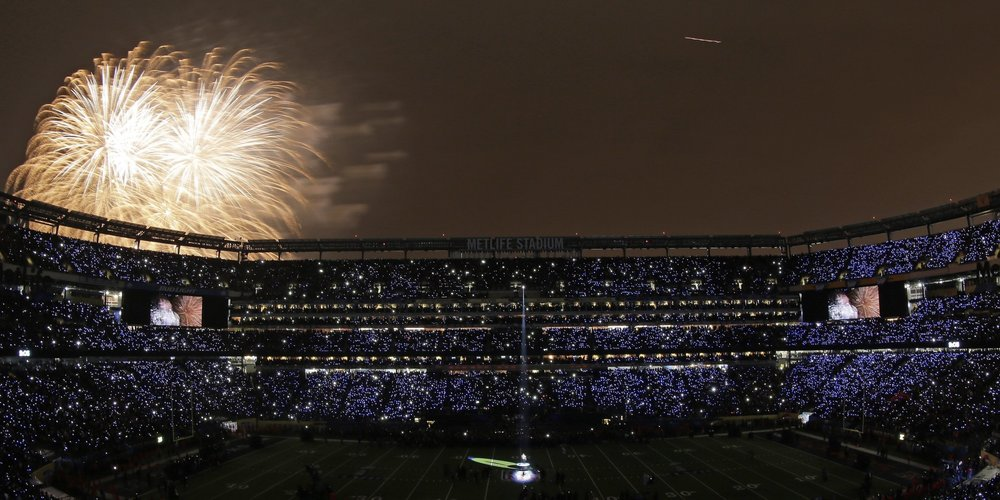 o-SUPER-BOWL-HALFTIME-LED-LIGHTS-facebook.jpg