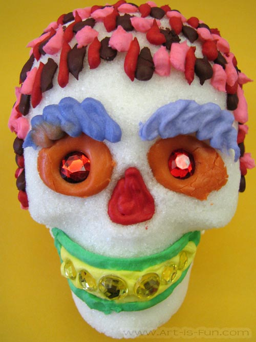 How to Decorate a Funky Sugar Skull