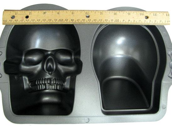 Sugar Skulls Wilton Nonstick 3D Skull Pan