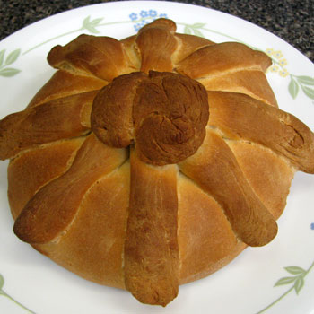 Baked Traditional Pan de Puerto