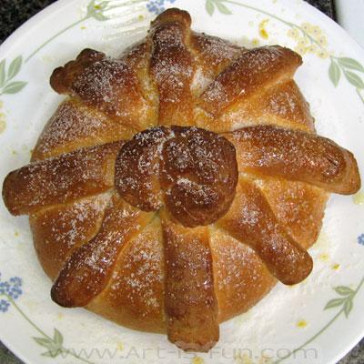 Traditional Pan de Muerto Sugar