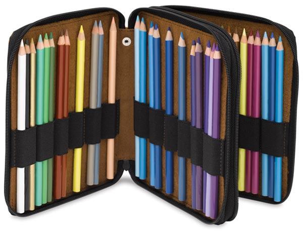彩色铅笔的皮革盒