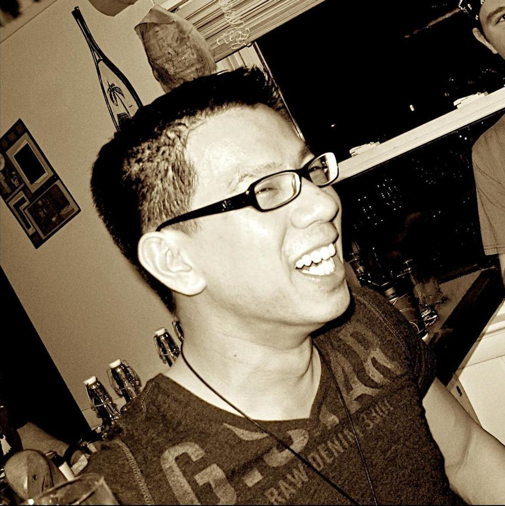 2012-03-17 - Photo of Francis and Dan at Tiki by Lynsey Tamborello-Crop.jpg