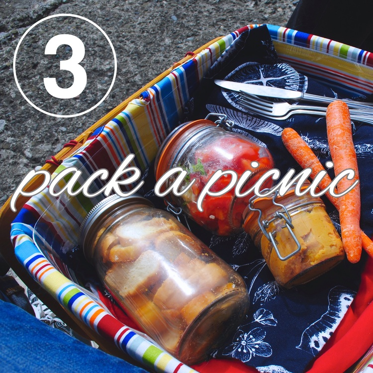 Day three of the Zero Waste Challenge! Packing your lunch and picnics with reusables.