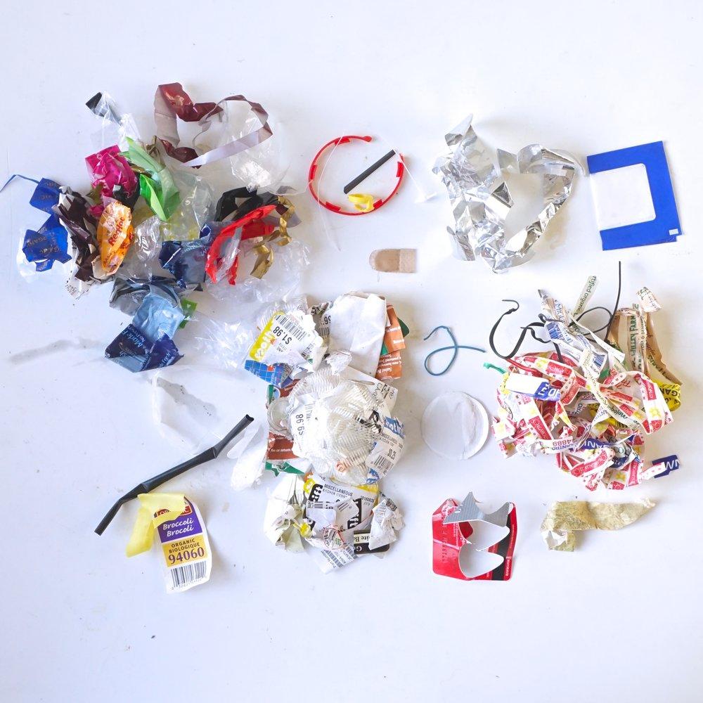 Three reasons the trash jar, the zero waste icon, is bullshit from www.goingzerowaste.com