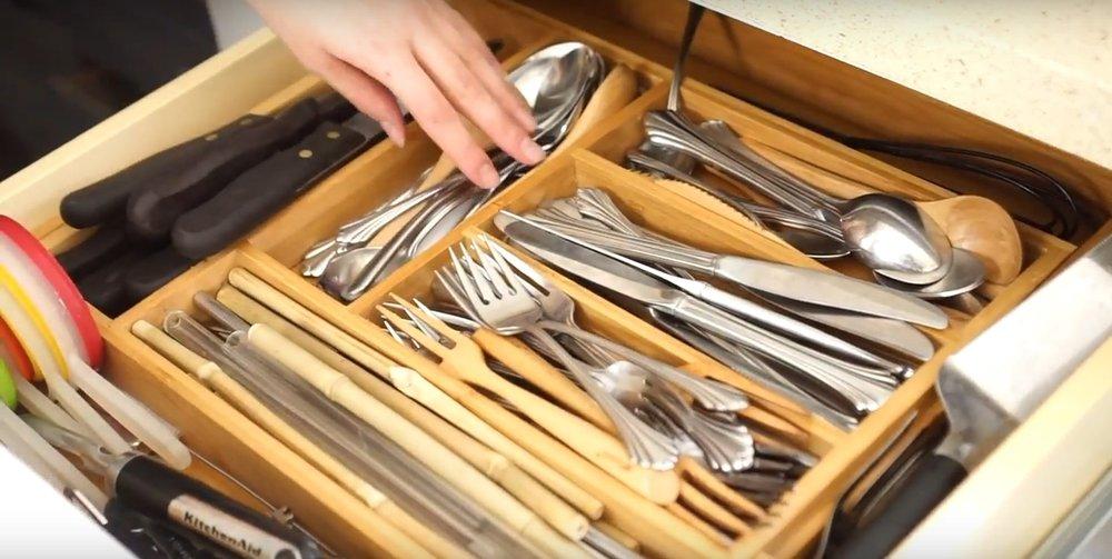 Peek inside my minimal (ish) zero waste kitchen from www.goingzerowaste.com