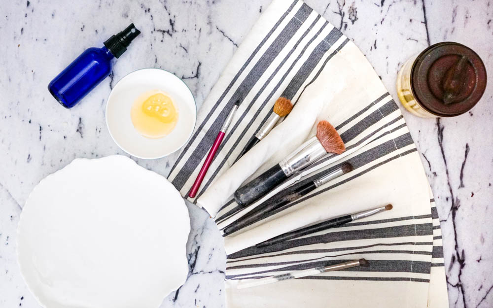 DIY, zero waste makeup brush cleaner from www.goingzerowaste.com