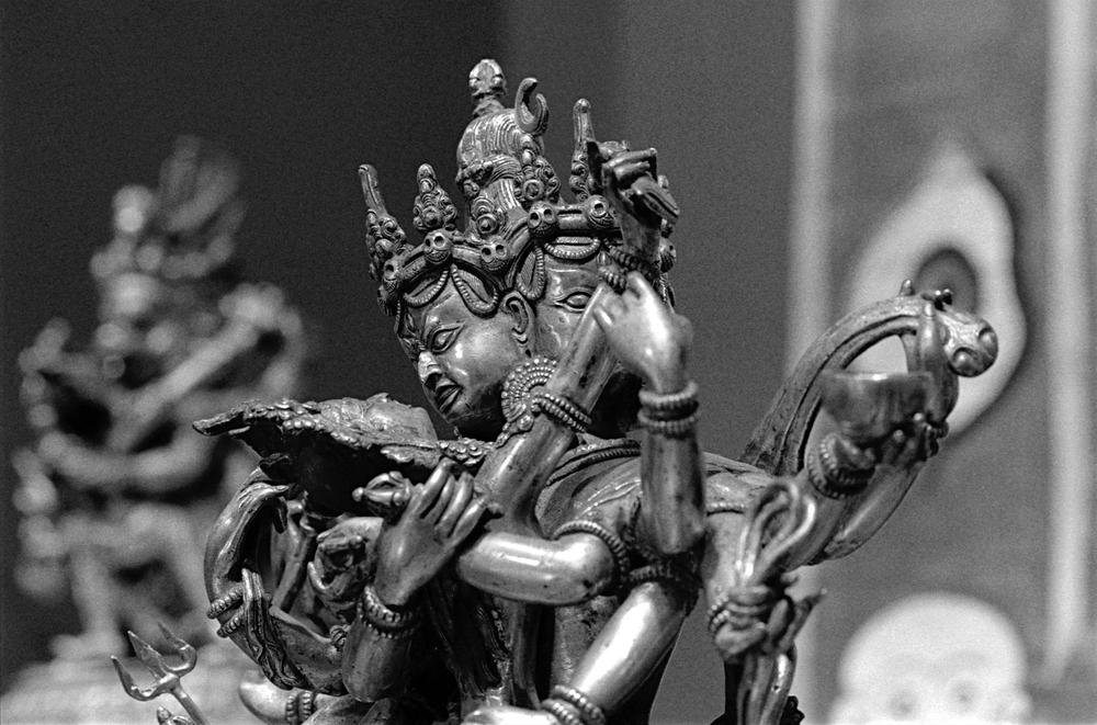 Chakrasamvara and Vajravārāhī in yab-yum stance (bronze statuary)