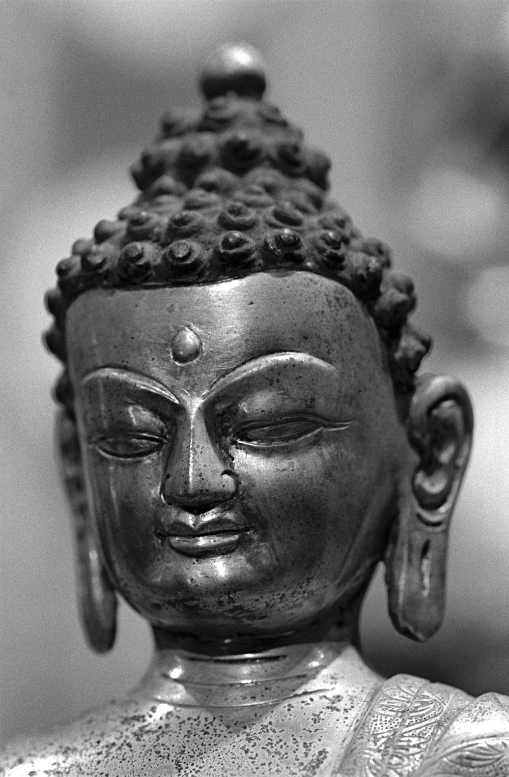 Seated Buddha detail
