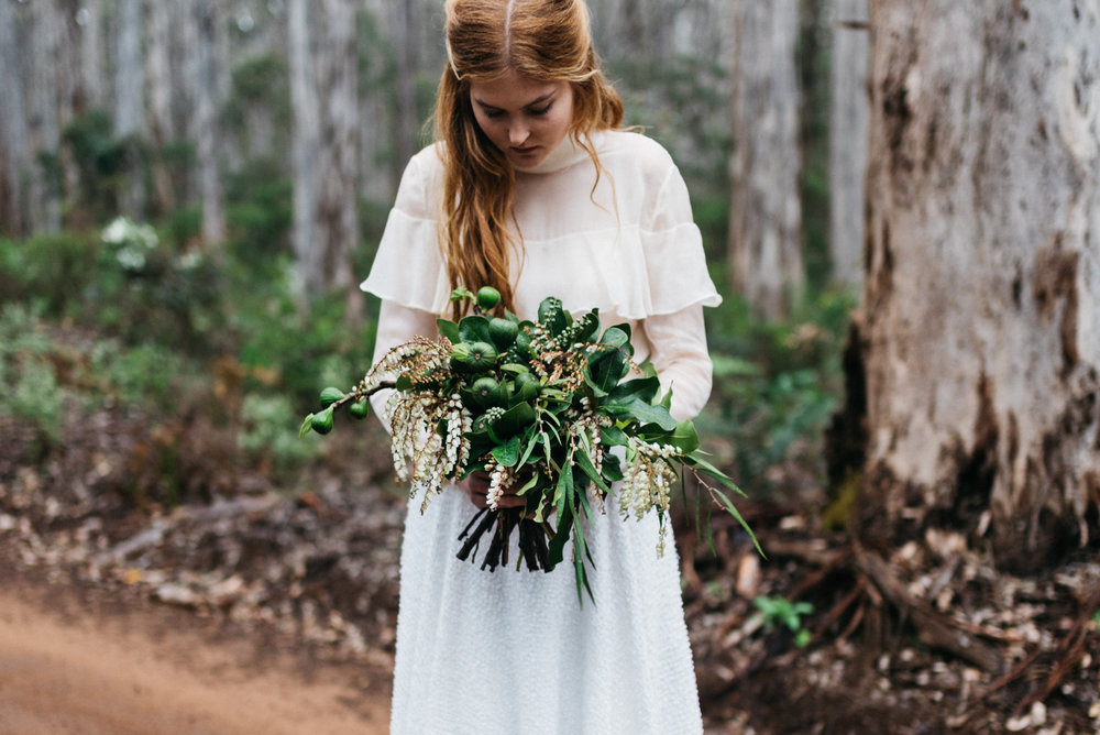 De La Terre Botanical Bouquet  |  Delaterre Florist